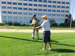 An Orvis FF101 class participant receives fly casting instruction from Tom Hoagland.